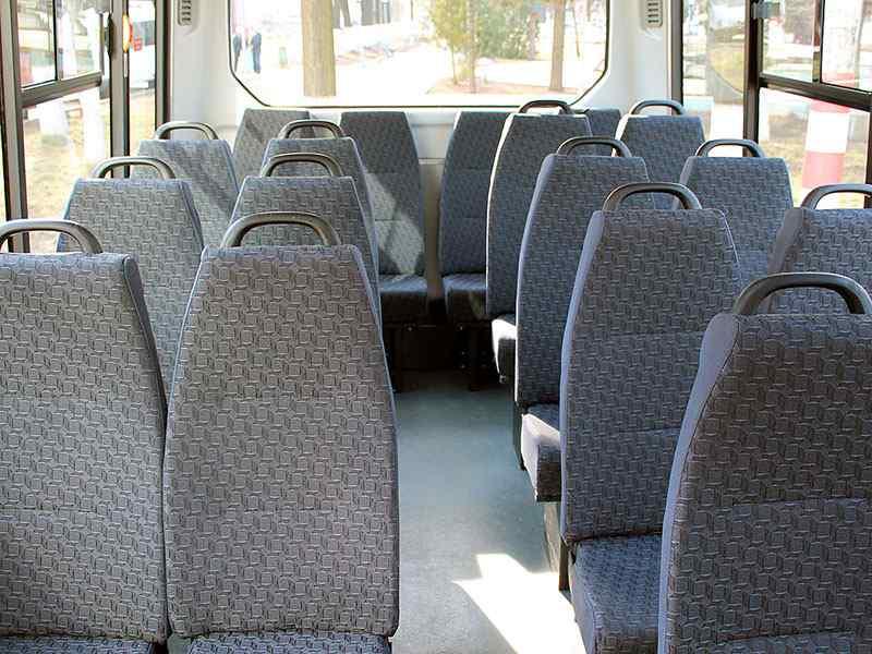 gaz-avtobus-a64r42-05