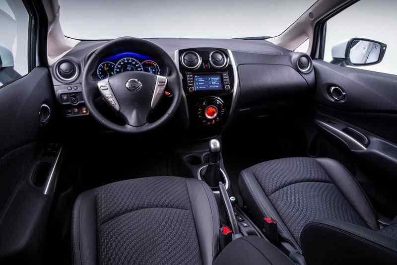 Nissan-Note-2013-Foto-22