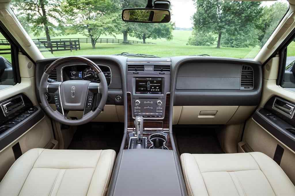 Lincoln Navigator-2